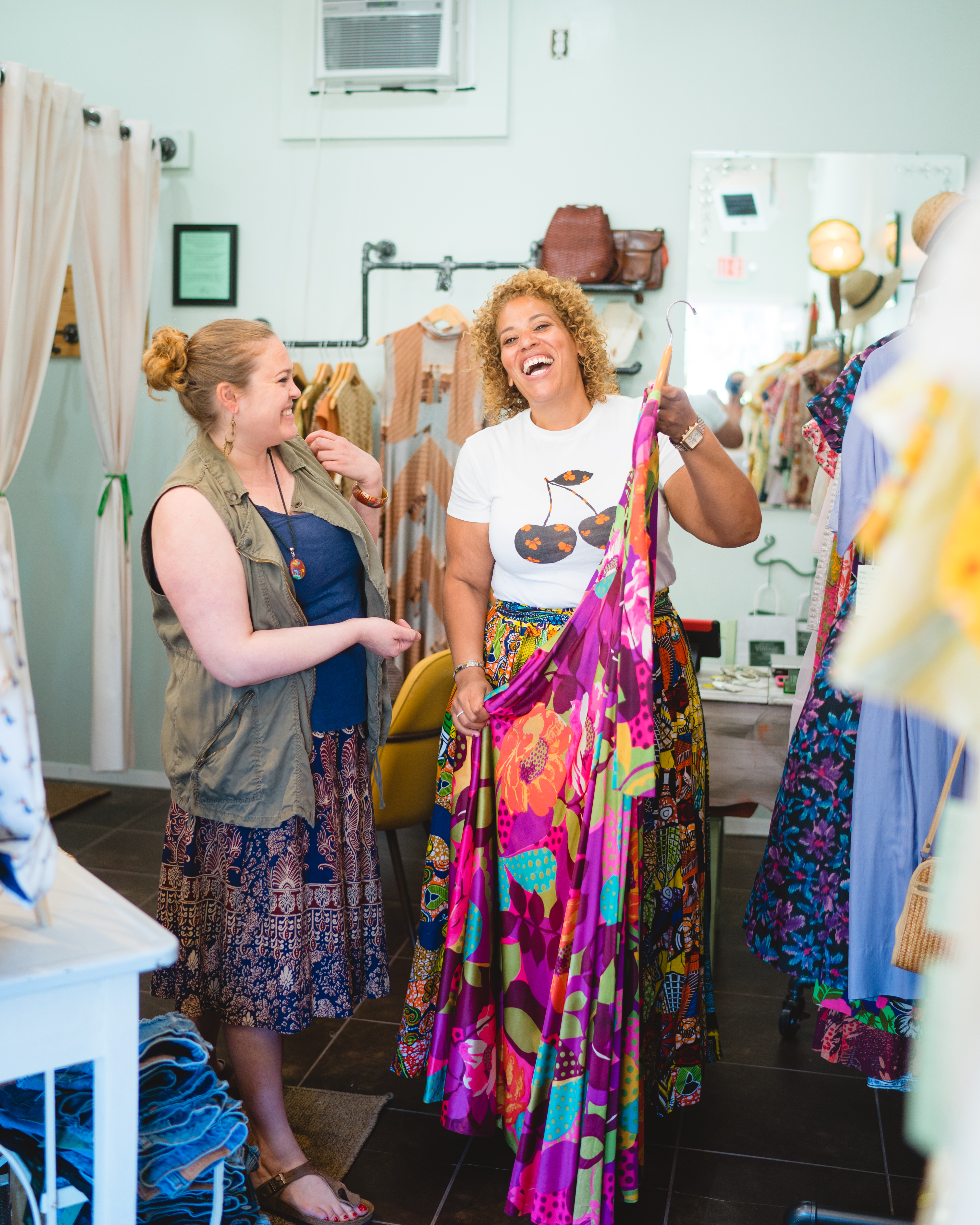 Hampton's Vintage Market -Pop Up Shop